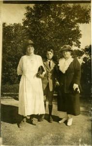 10. Marie, Niels Carl og Anna