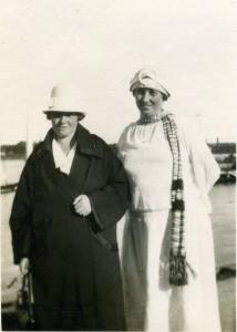 11a. Marie og Anna 1927