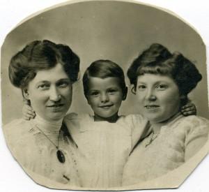 7. Anna, Niels Carl og Marie