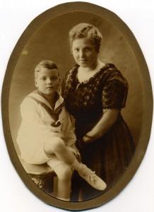 8. Marie og Niels Carl